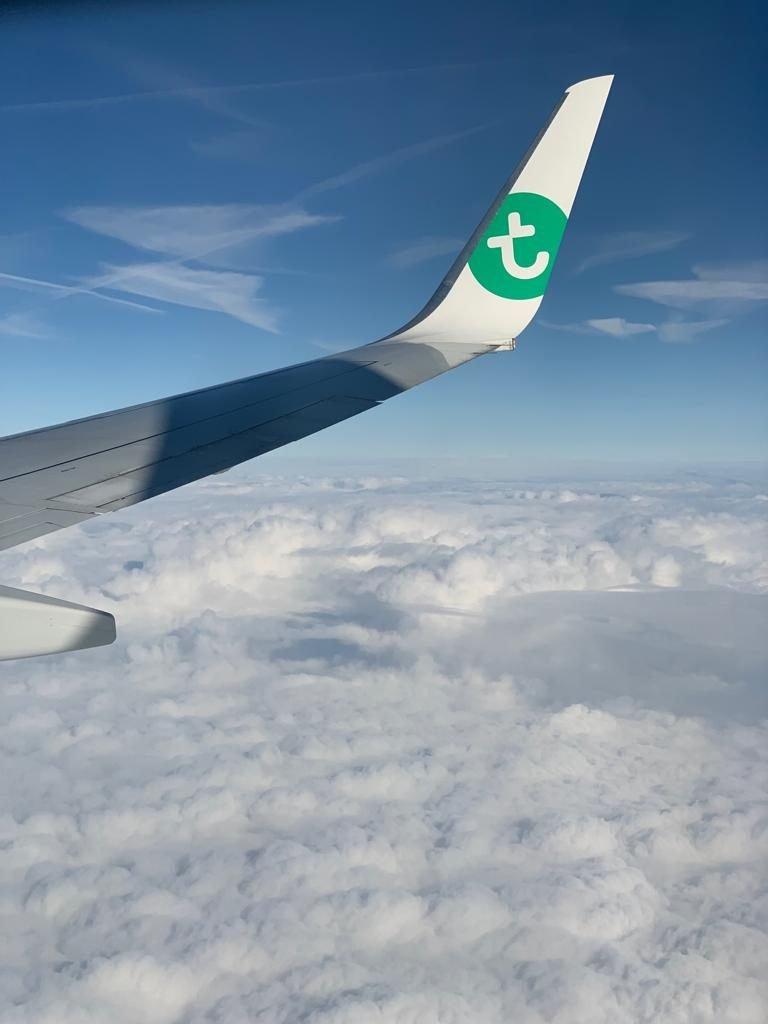 Uitzicht vanuit het vliegtuig van Transavia