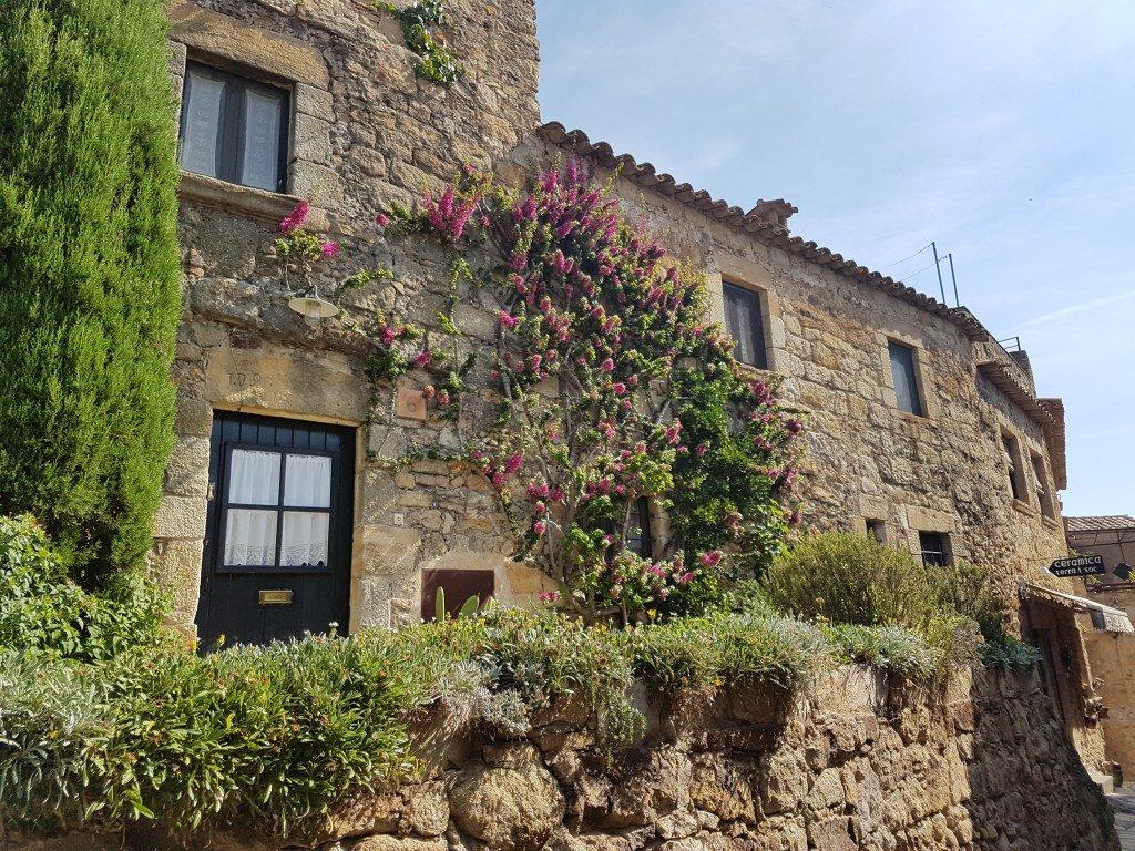 Het middeleeuws dorpje Pals aan de Costa Brava